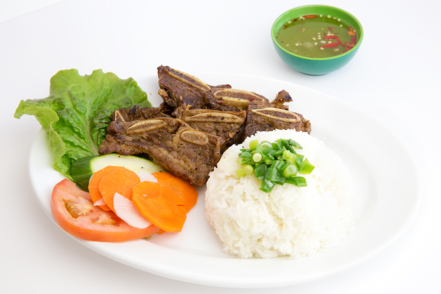 Grilled beef with steamed rice