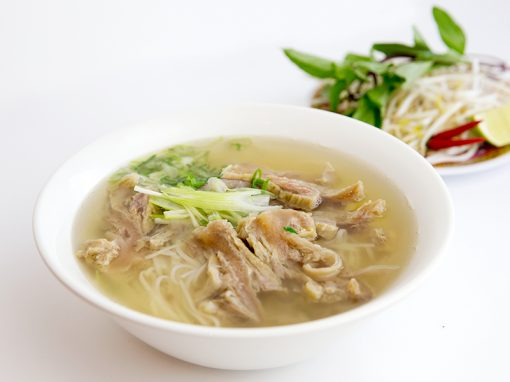 Tendon brisket rice noodle soup